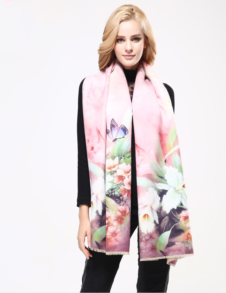 Kvalitný ručne tkaný kašmírový šál s motívom kvetov model 02