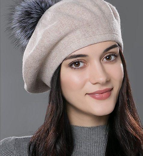 Dámska baretka s brmbolcom z kašmíru a bavlny