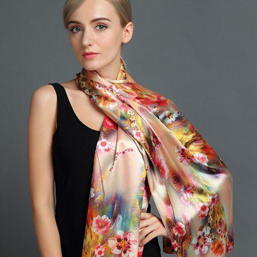 Elegantný hodvábny šál rozmerov 160 x 80 cm - Flowers