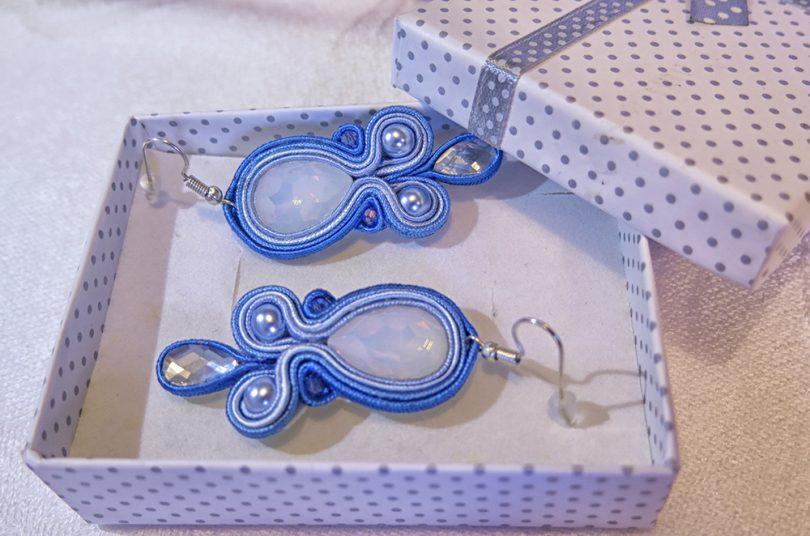 Ručne vyrobené sujtáš náušnice Tessie - Opal Abbey