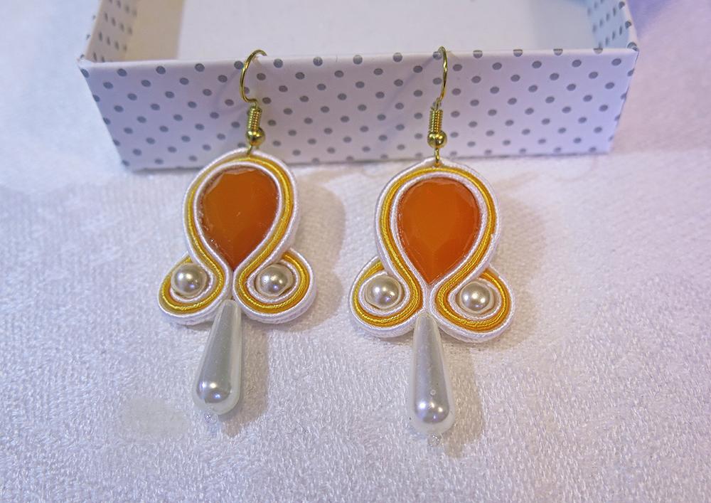 38e2342e8 Ručne vyrobené sujtáš náušnice Tessie - Orange Juice