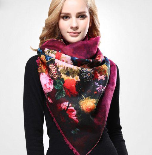 Kvalitný ručne tkaný kašmírový šál s motívom kvetov model 05