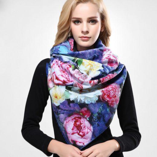 Kvalitný ručne tkaný kašmírový šál s motívom kvetov model 04