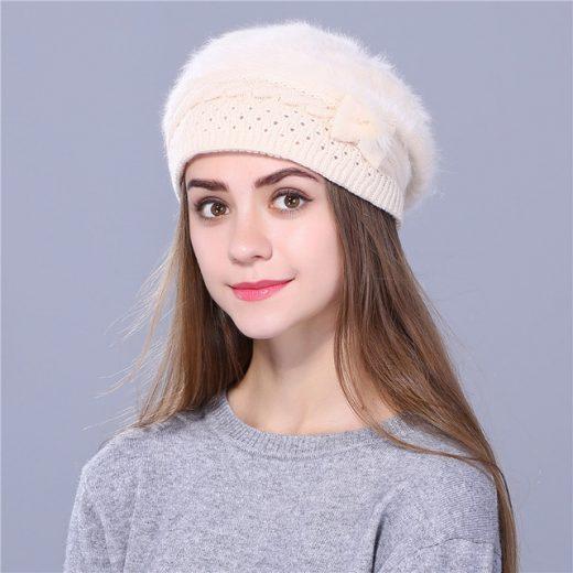 Elegantná dámska baretka s mašličkou v rôznych farbách