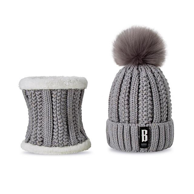 5f1a0e337 Dámska vlnená čiapka s brmbolcom + šál, v rôznych farbách