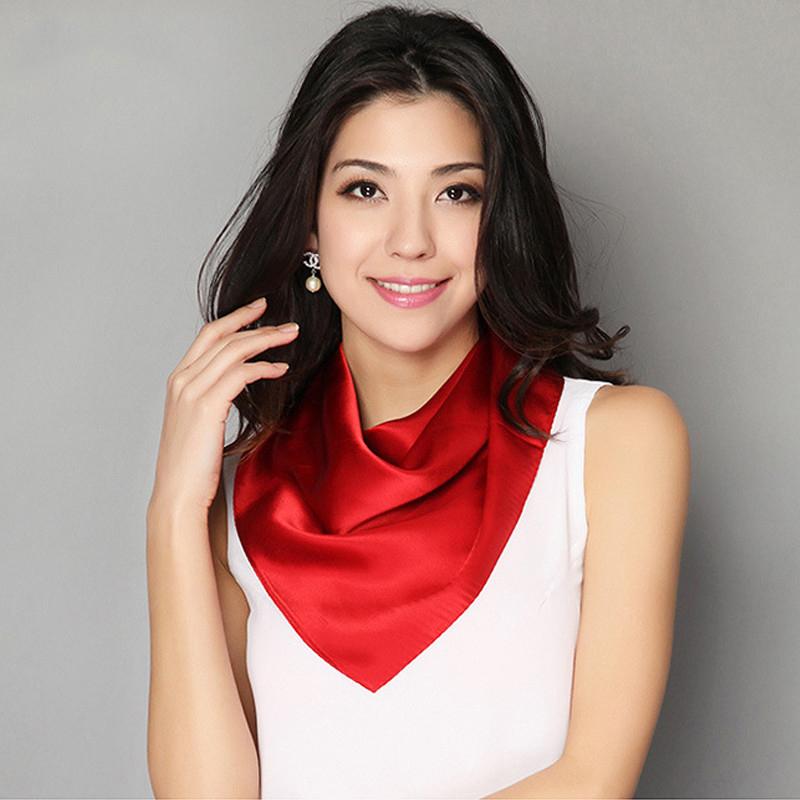 Luxusná dámska šatka malého formátu v rôznych farbách