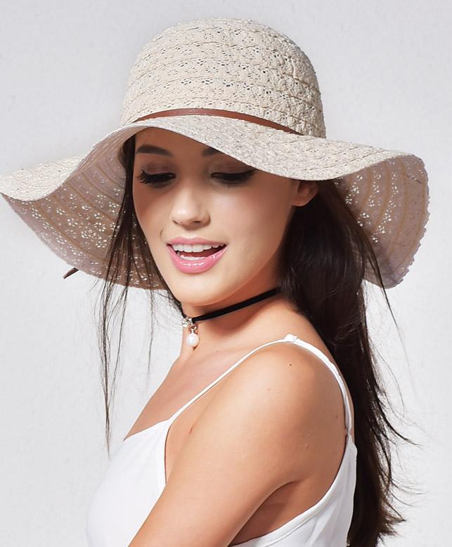 c05a2fc6c Luxusný dámsky klobúk v rôznych farbách