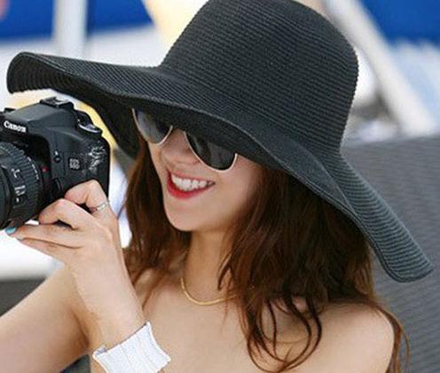 Luxusný dámsky letný klobúk v rôznych farebných prevedeniach