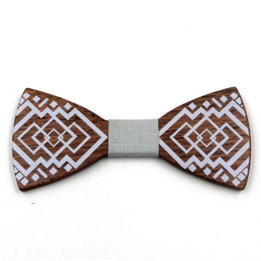 Elegantný drevený motýlik s bielym vzorom