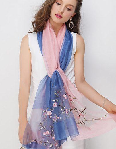Elegantný hodvábny šál s vyšívanými kvietkami v šiestich rôznych farbách