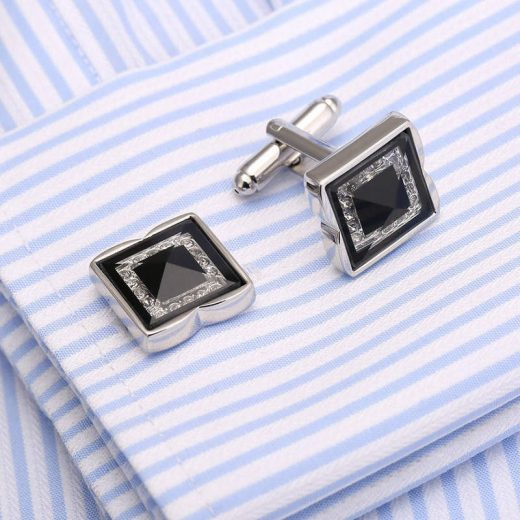 Luxusné manžetové gombíky v strieborno-čiernej farbe s kryštálikmi