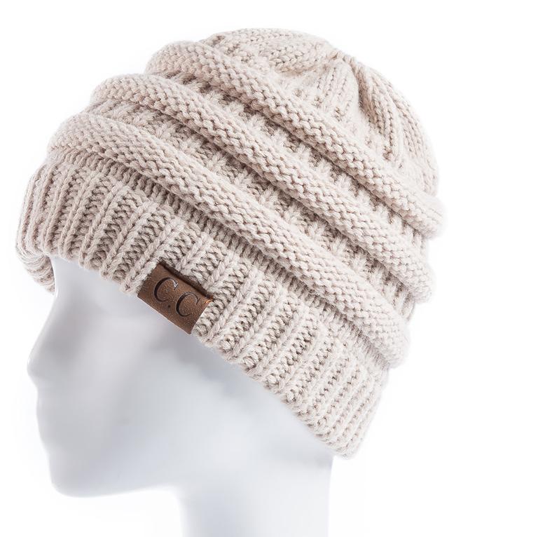 73d297fc4 Kvalitná dámska zimná čiapka s otvorom na vrkoč vo viac farbách