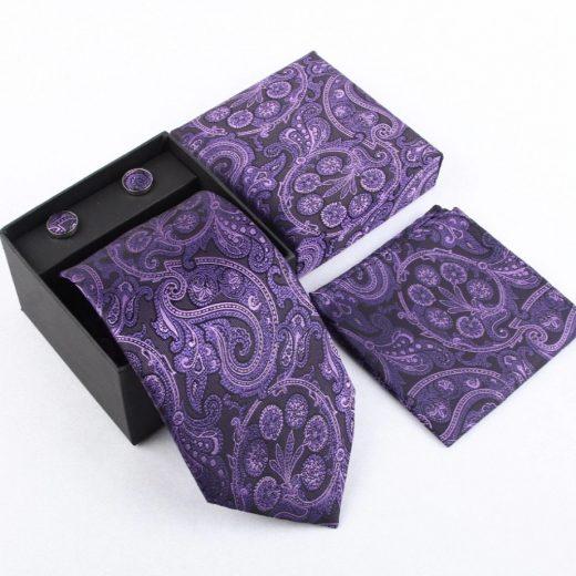 Luxusný kravatový set s prepracovaným fialovo-čiernym vzorom