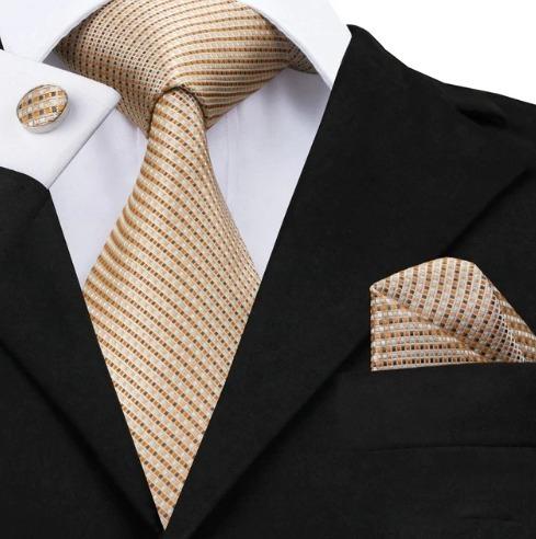 Hodvábna kravatová sada - kravata + manžety + vreckovka v svetlo hnedej štruktúre