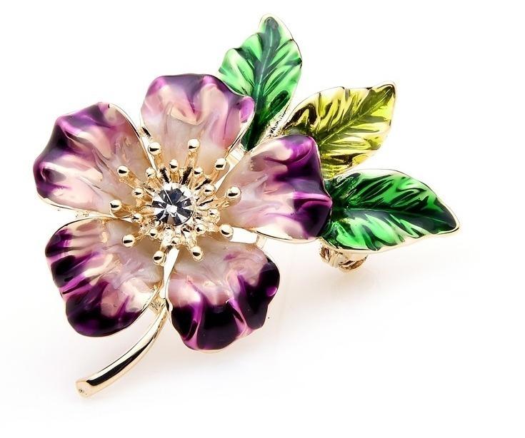 Elegantná smaltovaná brošňa prívesok v tvare farebnej kvetinky