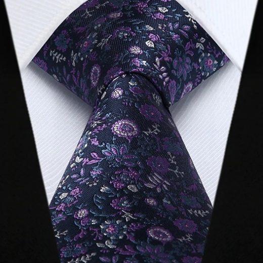 Hodvábna kravata a vreckovka - sada s modro-ružovými kvietkami