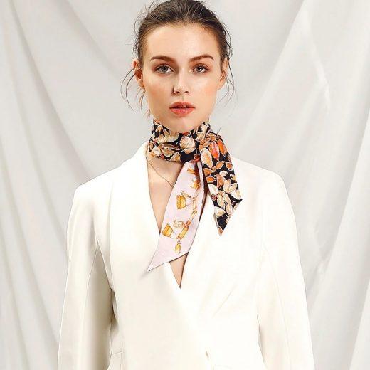 Malý šál zo 100% hodvábu s luxusným vzorom LEAVES - formát 116x6 cm