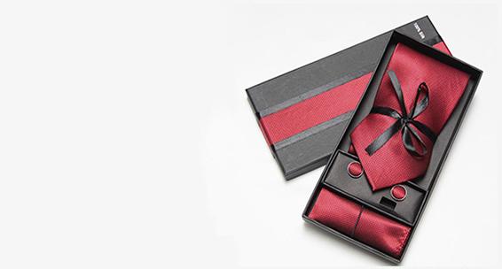 Luxusná kravata, vreckovka a manžetové gombíky